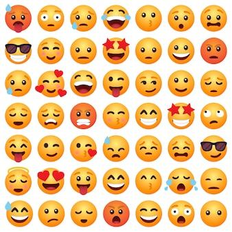 Zestaw emotikonów emoji kreskówka uśmiech dla mediów społecznościowych