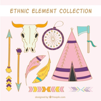 Zestaw etnicznych ręcznie rysowanych elementów i strzały