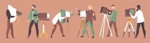 Zestaw fotografa w stylu vintage z aparatami i autentycznymi akcesoriami