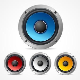 Zestaw głośników audio na białym tle.