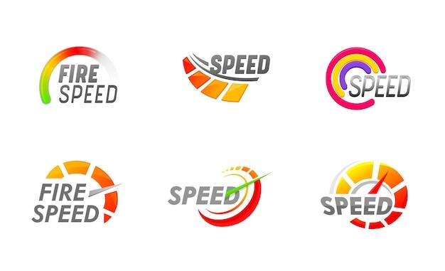 Zestaw ikon prędkościomierzy, skale wybierania wskaźników prędkości dla auto. strzałki na białym tle prędkościomierzy samochodów. interfejs tablicy pojazdu, przyspieszenie prędkości, technologia transportu. ilustracja wektorowa