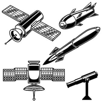 Zestaw ikon rakiet kosmicznych na białym tle