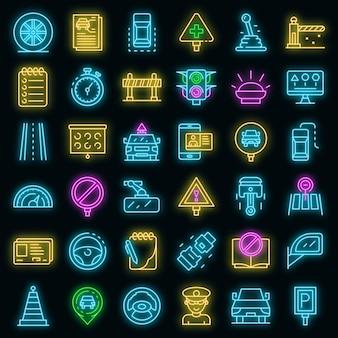 Zestaw ikon szkoły jazdy. zarys zestaw ikon wektorowych szkoły jazdy w kolorze neonowym na czarno