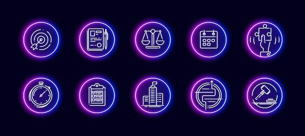 Zestaw ikon wektorowych 10 w 1 związanych z tematem porównania. lineart wektorowe ikony w stylu neon blask na białym tle.