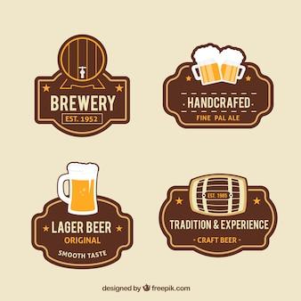 Zestaw ilustracji rocznika odznaki piwo