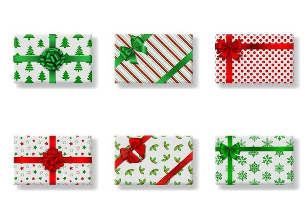 Zestaw izolowanych prostokątnych świątecznych pudełek na prezenty widok z góry