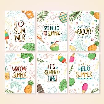 Zestaw jasnych kart letnich doodle piękne letnie plakaty z ananasem lody kokosowe napój palmowy i ręcznie napisany tekst