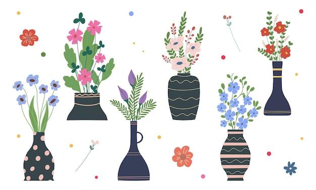 Zestaw jasnych wiosennych kwiatów w wazonach i butelkach na białym tle cartoon flat