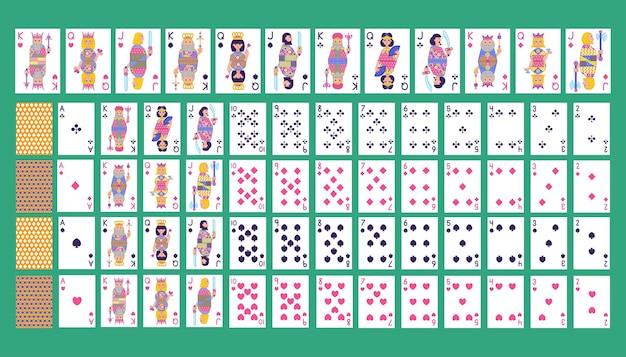 Zestaw kart do gry trefl, karo, kier, pik w płaskiej kreskówce.