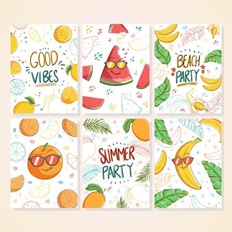 Zestaw kart doodle lato piękne letnie plakaty z cytryną, arbuzem, bananem i mango kreskówki i ręcznie napisanym tekstem