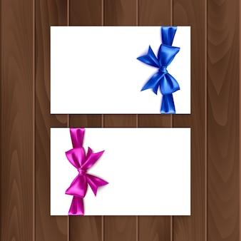Zestaw kart podarunkowych z realistyczną kokardką i wstążką. karta podarunkowa