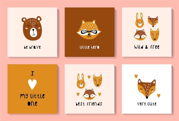 Zestaw kartek z uroczymi leśnymi zwierzętami. lis, zając, wilk, niedźwiedź, szop.
