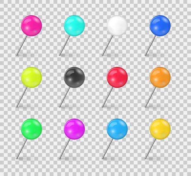 Zestaw kolorowych pinezek w różnych skrótach na przezroczystym tle. igła do szycia lub plastikowe szpilki z przypinkami do papieru. realistyczne pinezki. ilustracja