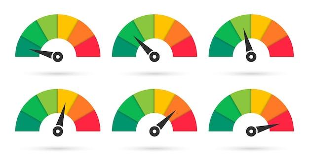 Zestaw kolorowych prędkościomierzy. skala ze strzałką.