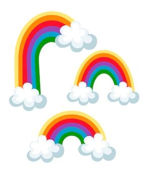 Zestaw kolorowych tęczy z chmurami. trzy różne tęcze. ilustracja na białym tle