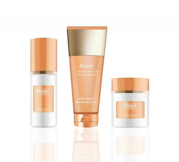 Zestaw kosmetyków krem i balsam wektor realistyczne makiety. pakiet pomarańczowy hydratacyjne butelki kremowe z logo