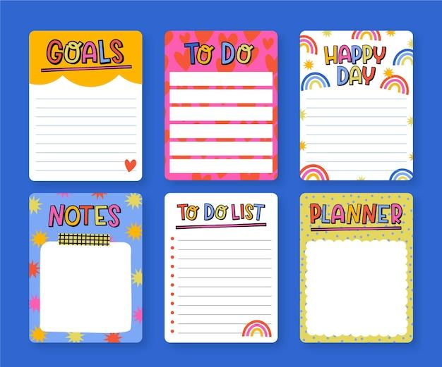 Zestaw kreatywnych notatek i kart w notatniku