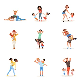 Zestaw kreskówka zmęczonych młodych rodziców w różnych pozach. ojcowie, matki, mali chłopcy i dziewczynki. dzieci chcą się bawić. rzeczywistość rodzicielstwa. akcja rodzinna.