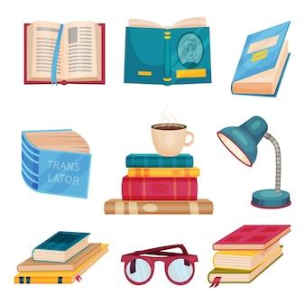 Zestaw książek obok filiżanki kawy