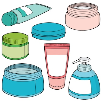 Zestaw miejscowych kosmetyków i typowych leków