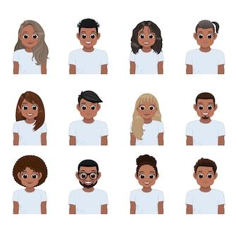 Zestaw młodych czarnych ludzi w białych koszulkach na białym tle. kolekcja afroamerykańskiej dziewczyny i chłopca