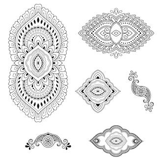 Zestaw motywów kwiatowych mehndi i mandali do rysowania i tatuażu henną.