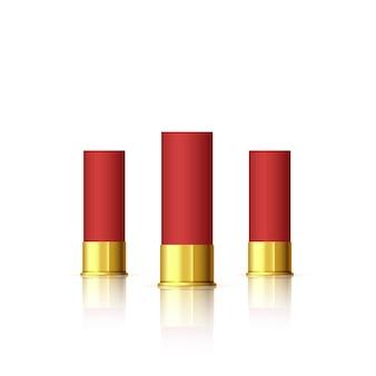 Zestaw nabojów do strzelby. czerwony realistyczny nabój z odbiciem na białym tle.