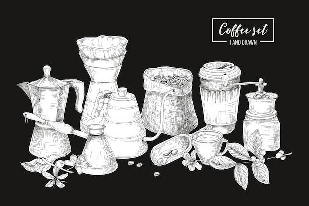 Zestaw narzędzi do parzenia kawy w kolorze czarno-białym - moka, szynka turecka, czajnik z długim wylewem, szklany dripper, młynek. monochromatyczna ilustracja w stylu vintage grawerowania.