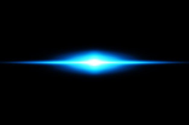 Zestaw niebieskich flar poziomych. wiązki laserowe, poziome promienie światła, piękne rozbłyski światła.