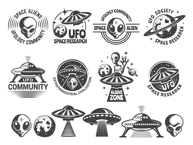 Zestaw odznak z ufo i kosmitami.