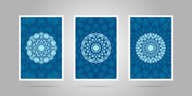 Zestaw okładek z niebieskim kwiatem mandali.