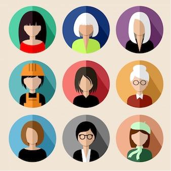 Zestaw okrągłych płaskich ikon z kobietami.