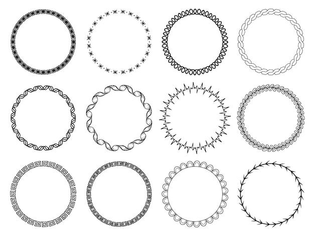 Zestaw okrągłych ramek geometrycznych. ręcznie rysowane obiekty.