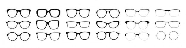 Zestaw okularów na białym tle.