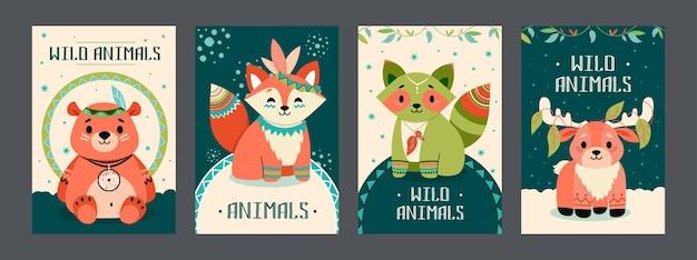 Zestaw plakatów dzikich zwierząt. przyjazny animowany miś, lis, szop, łoś z dekoracjami w stylu boho