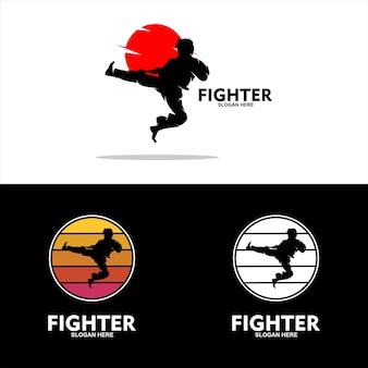Zestaw płaskich ikon bojowników różnych sztuk walki