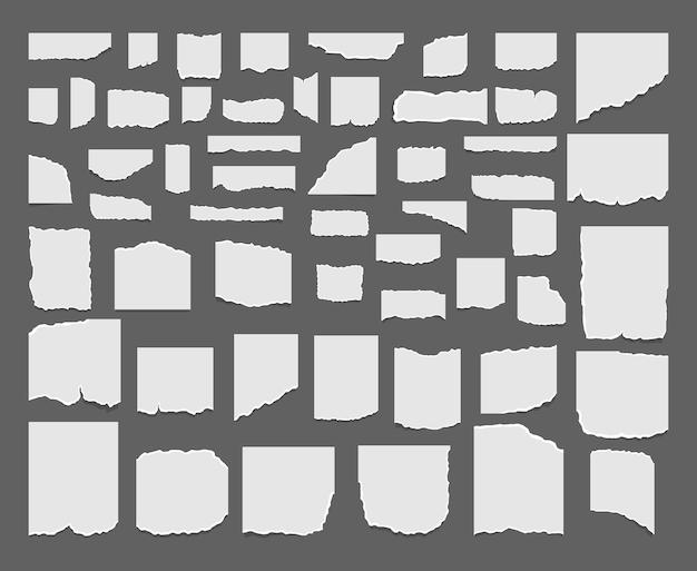 Zestaw podartych, zgranych arkuszy papieru. podarte arkusze notatnika, strony tekstury.