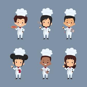 Zestaw postaci z kreskówki szefa kuchni dzieci za pomocą fartucha przygotowywania posiłków