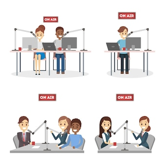 Zestaw prezenterów radiowych.