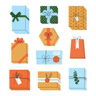 Zestaw prezentów i prezentów na boże narodzenie lub święta. ilustracja wektorowa na białym tle