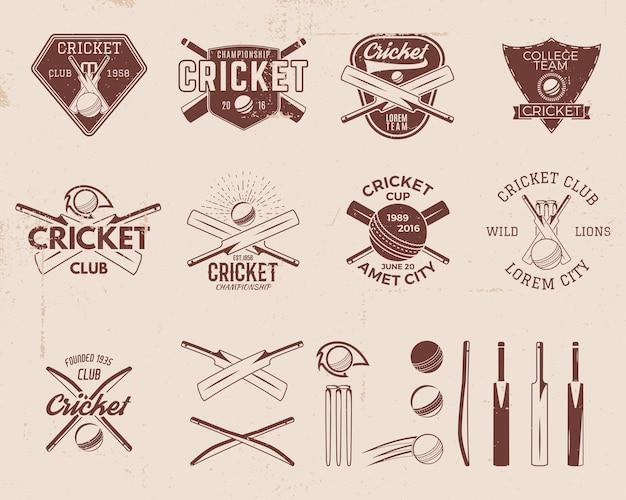 Zestaw projektów logo szablonów sportu retro krykieta. używaj jako ikon, odznak, etykiet, emblematów lub druku. mistrzostwa sportowe ilustracji wektorowych. na białym tle na tle porysowany. ilustracji.