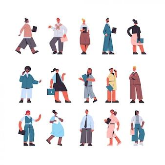 Zestaw przedsiębiorców stojących w różnych pozach biuro ludzi biznesu