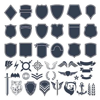 Zestaw pustych kształtów do odznak wojskowych. symbole monochromatyczne armii