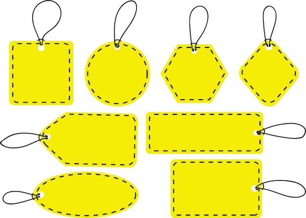 Zestaw pustych żółtych znaczników etykiet wektorowych ze sznurkami na białym tle