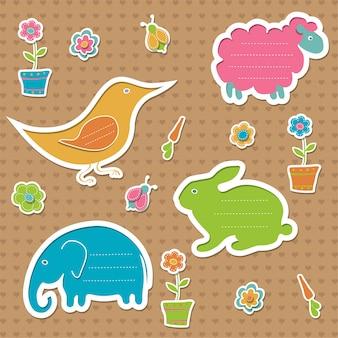 Zestaw ramek na tekst w kształcie królika, owcy, słonia i ptaka, ozdobiony robakami, kwiatami i marchewką