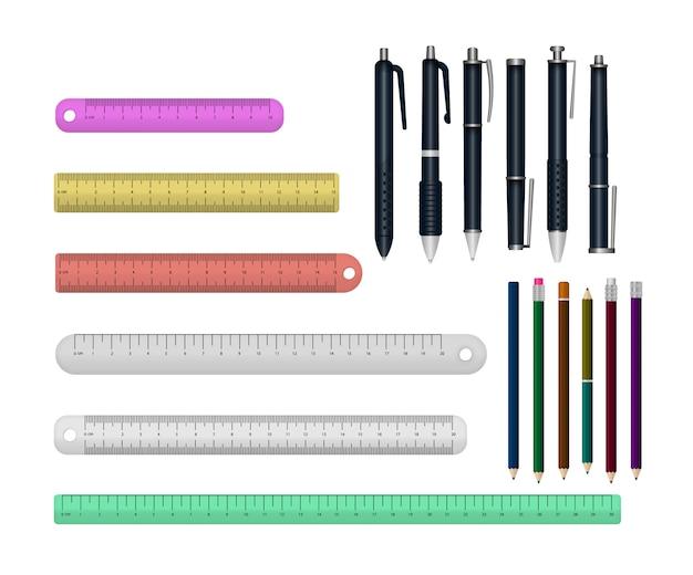 Zestaw realistyczne pisanie piórem, linijki na białym tle na białym tle. kolorowe przybory szkolne 3d. szablon realistycznych wielokolorowych plastikowych długopisów pod różnymi kątami.