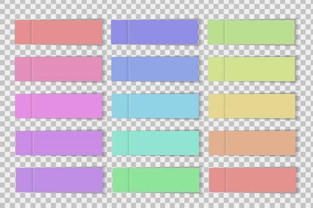 Zestaw realistycznego papieru samoprzylepnego na przezroczystym tle.