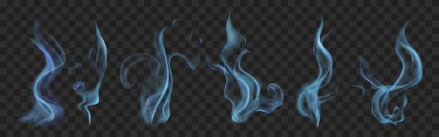 Zestaw realistycznego przezroczystego dymu lub pary w jasnoniebieskich kolorach, na przezroczystym tle.