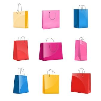 Zestaw realistycznych kolorowych papierowych toreb na zakupy