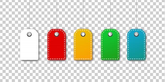 Zestaw realistycznych kolorowych pustych kuponów z ceną do dekoracji i pokrycia na przezroczystym tle. pojęcie rabatu i sprzedaży.